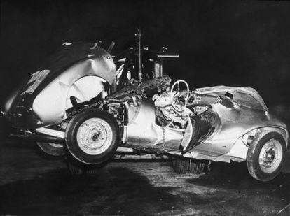 Los restos del Porsche Spyder que conducía James Dean cuando tuvo el accidente que lo mató en 1955.