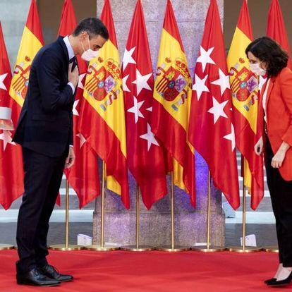 Isabel Díaz Ayuso, presidenta de la Comunidad de Madrid, tomó los mandos de la oposición a Pedro Sánchez durante la pandemia reforzada por los aznaristas. Su consagración fue la visita del presidente a su sede de gobierno el 21 de septiembre.