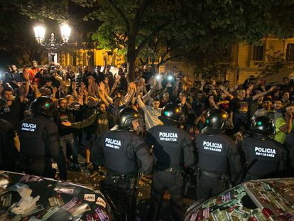La Guardia Civil registra la Conselleria de Economia por el referéndum del 1-O. Barcelona.