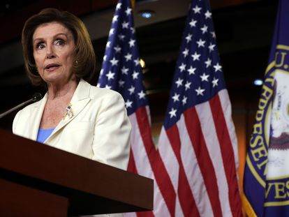 Nancy Pelosi, durante una rueda de prensa este jueves, en el Capitolio de EE UU.