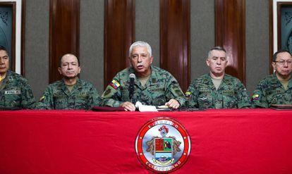 El comandante general del Ejército, Roque Moreira, en una conferencia de prensa en Quito.