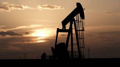 Un pozo de extracción de petróleo en Midland, Texas