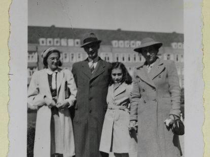 Última foto que se conserva de la familia Frank.