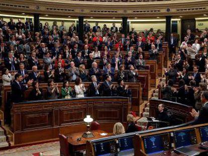 El candidato desmiente que sus acuerdos con ERC  rompan España  y ratifica su compromiso con la Constitución