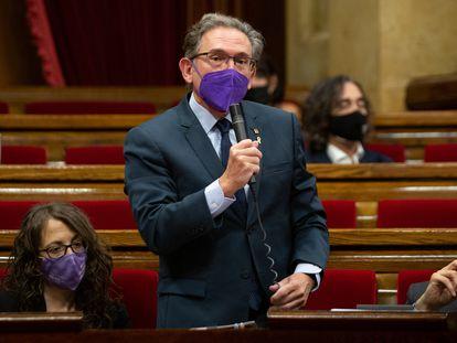 El conseller de Economía de la Generalitat, Jaume Giró, durante una intervención en el Parlament.