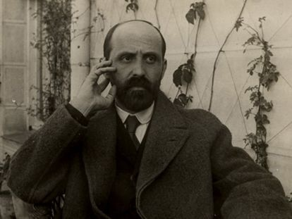 Juan Ramón Jiménez, en la terraza de su casa de calle Lista de Madrid, en 1923.