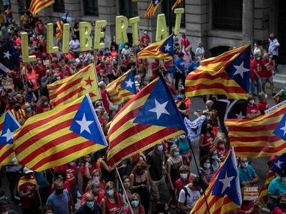 La manifestación de la Diada, en la Via Laietana de Barcelona.