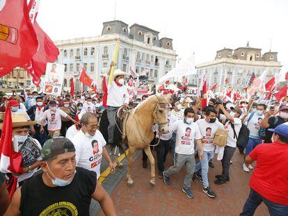 El candidato presidencial de Perú Libre, Pedro Castillo, en un mitin de campaña celebrado el 8 de abril pasado.