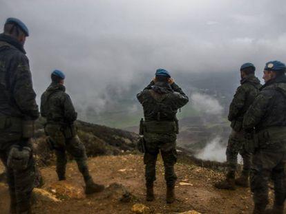 Unos cascos azules españoles, en enero en Líbano.