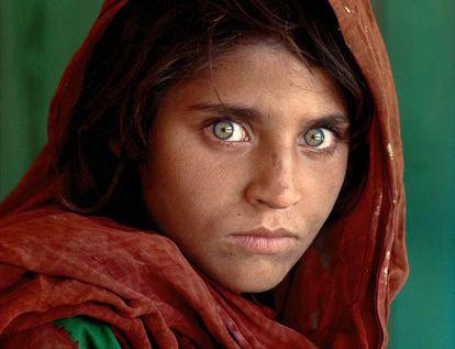 'La niña afgana', portada de 'National Geographic' en junio de 1985.