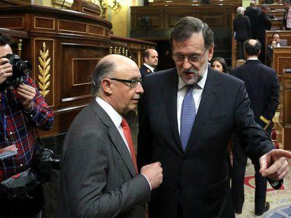 Cristóbal Montoro y Mariano Rajoy, el pasado 12 de marzo.