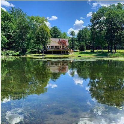 La casa de campo que ha alquilado en Londonderry, New Hampshire, Laura Martínez.