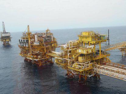 Una plataforma petrolera de Pemex frente a las costas Campeche.