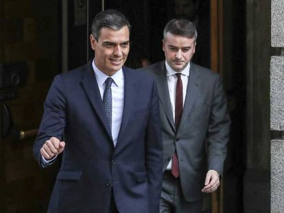 Pedro Sánchez e Iván Redondo, en el Congreso.