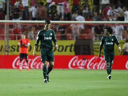 Cristiano Ronaldo y Marcelo se lamentan durante el partido.