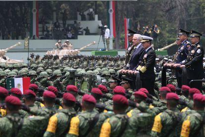 El presidente de México, Andrés Manuel López Obrador, durante un acto con el Ejército mexicano en Ciudad de México, el 13 de agosto.
