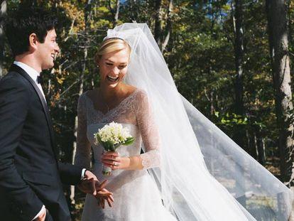 Karlie Kloss y Joshua Kushner en su boda.