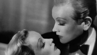 'Marlène Dietrich: Masque & Narcisse', una de las imágenes que se podrán ver en CaixaForum en la exposición 'Cine y moda' que comisaría el modisto Jean Paul Gaultier.