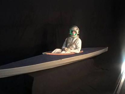 Gulliver en su kayak espacial en el espectáculo.