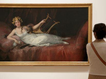 El cuadro 'La marquesa de Santa Cruz' de Goya, en el museo de Bellas Artes de Bilbao, que acoge la exposición 'Obras maestras de la colección Valdés'.