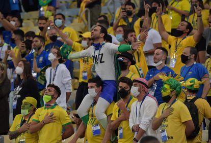 Aficionados de Brasil en el Maracaná, el pasado sábado, durante la final de la Copa América. Fue el único partido con hinchas en las tribunas.