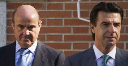 Los ministros Luis de Guindos y Jose Manuel Soria.