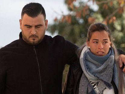 Los padres de Julen, José Roselló y Victoria García, en los juzgados de Málaga.
