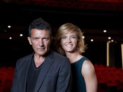Antonio Banderas y María Casado en el Teatro del Soho.