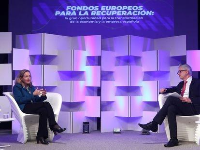 La vicepresidenta segunda Nadia Calviño conversa con Javier Moreno, director de EL PAÍS.
