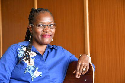 Julianne Sansa-Otim. La investigadora, nacida en Uganda, se graduó en Informática por la Universidad Makerere de Kampala, y entre 2005 y 2010 trabajó en su proyecto de tesis doctoral en el Instituto Astronómico Kapteyn de Groningen, en Holanda. Su labor investigadora se centra en los protocolos de red, especialmente para el transporte de datos y la calidad del servicio de internet. Pincha en la imagen para ver la fotogalería completa.