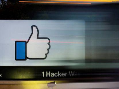 Entrada a la sede de Facebook en Menlo Park, California