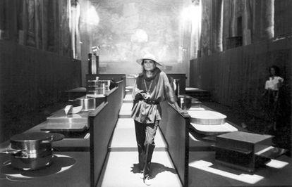 Gabriella Crespi en la presentación de la serie Plurimi, el 17 de septiembre de 1982 en Milán. |