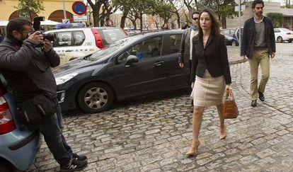 La juez Mercedes Alaya entrando a los juzgados el pasado viernes