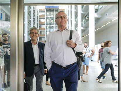 El alcalde de Valencia, Joan Ribó, este lunes tras declarar ante el juez.