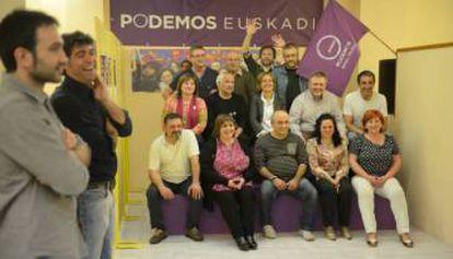 Representantes de Podemos en las Juntas de Álava tras las elecciones forales de 2015.