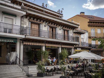 La casa donde vivía Noelia de Mingo en la plaza Mayor de El Molar, este lunes.