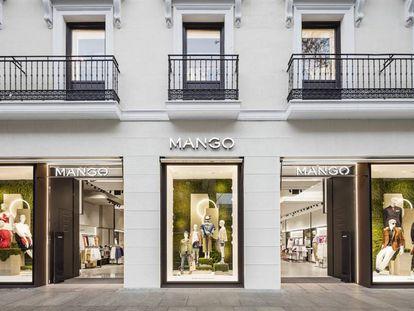 Una tienda de Mango en la calle Serrano de Madrid.