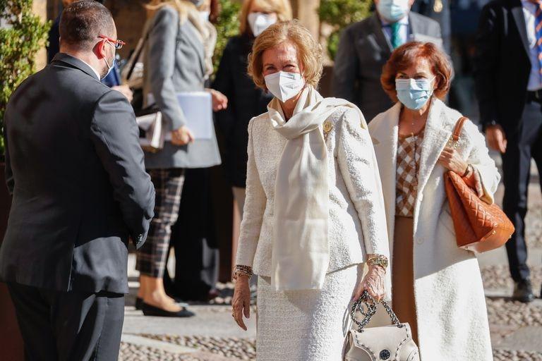 La reina Sofía a su llegada a Oviedo.