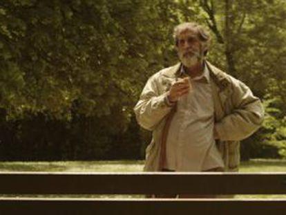 Ramón Barea, en un fotograma de la película 'Negociador', de Borja Cobeaga.