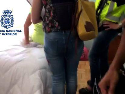 Imagen de la detención en Cuenca de uno de los proxenetas más buscados en España