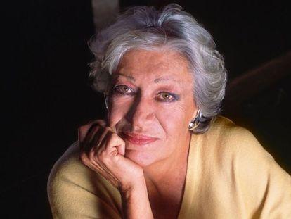 La diseñadora de joyas Elsa Peretti.