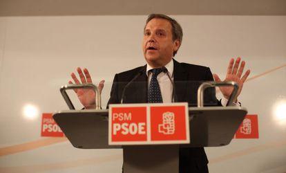 Antonio Miguel Carmona durante una comparecencia en la sede del PSM.