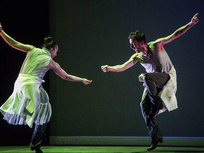 Sara Cano y Marco Flores durante el espectáculo 'Fase alterna'.