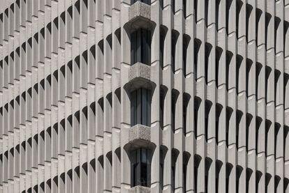Detalle del edificio Beatriz, en la calle de José Ortega y Gasset.