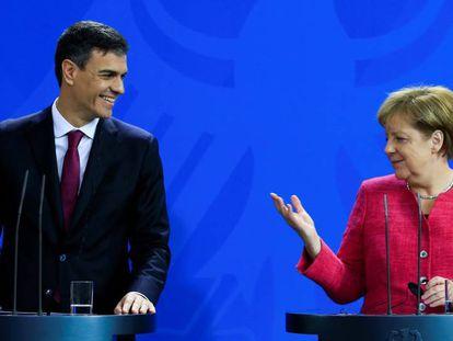 Pedro Sánchez y Angela Merkel, en conferencia de prensa en Berlín el pasado mes de junio.