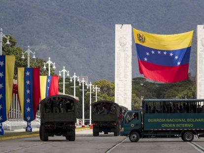 Soldados participan en un acto militar del ministerio de Defensa de Venezuela.