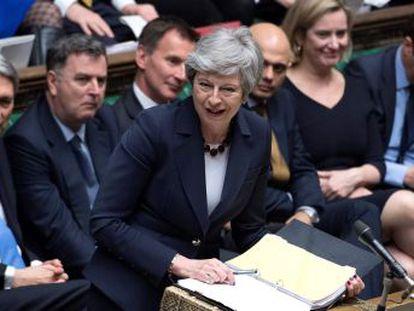 La primera ministra tiene de límite hasta la medianoche para que Bruselas permita aplazar la salida hasta el 22 de mayo