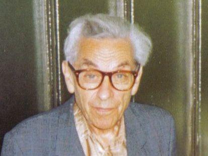 El famoso matemático húngaro Paul Erdös hizo diversas aportaciones sobre los llamados conjuntos de Sidon.