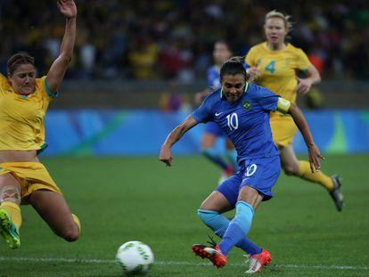 La brasileña Marta, en el partido contra Australia.