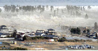 La ola gigante arrasó la zona costera residencial de Natori, en Japón, el 11 de marzo de 2011.